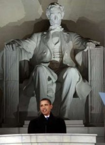 obama-in-front-of-memorial