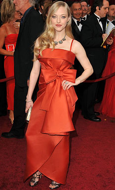 Actress Amanda Seyfried arrives at the 81st Annual Academy Award