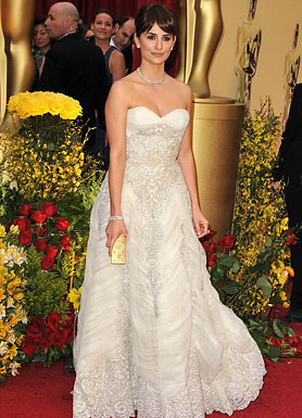 Actress Penelope Cruz arrives at the 81st Annual Academy Awards