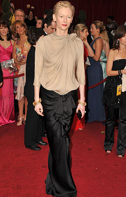 Actress Tilda Swinton arrives at the 81st Annual Academy Awards