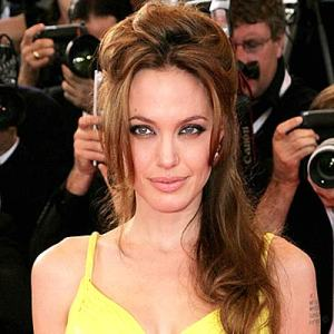 angelina-jolie-hair1234916401